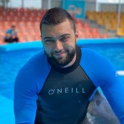 специалист дельфинотерапии Полтавец Сергей, фото